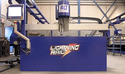 alt lightning rail